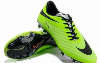 Zapatos De Futbol En Caricatura