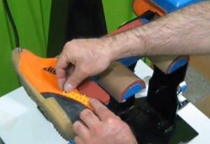 Estampadora de zapatos tenis